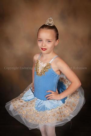 Ballet 1 (Tue 4:00)