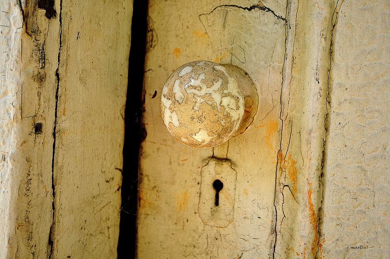 door knob 4 8-14-2012.jpg