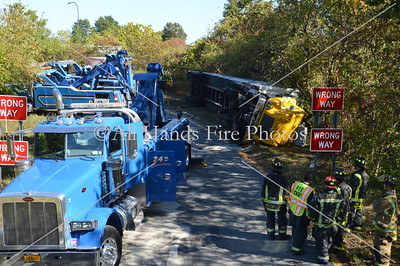 20131015 - Plainview - Overturned Truck w/ HAZMAT