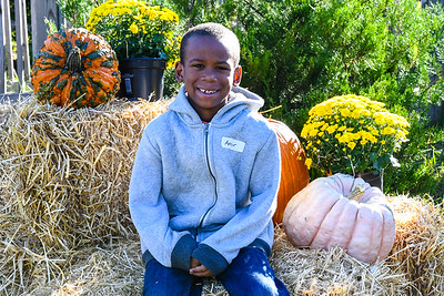 Images from folder FallFestival17Portraits