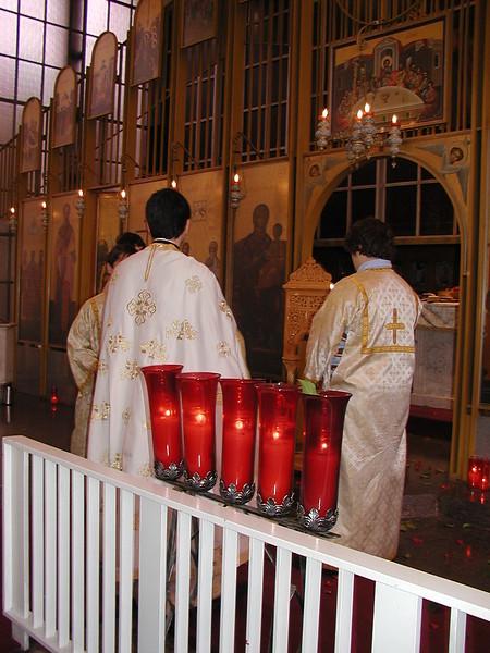 2006-04-21-Holy-Week_012.jpg