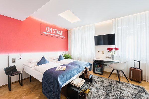 Room 404