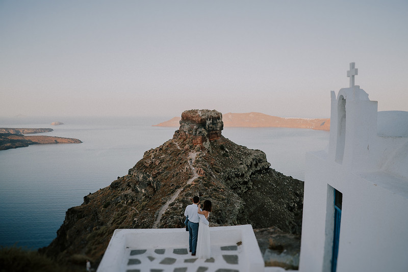Tu-Nguyen-Destination-Wedding-Photographer-Santorini-Elopement-Alex-Diana-238.jpg