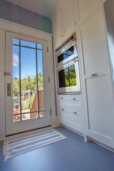 Interiors/Contractor Shots/Real Estate
