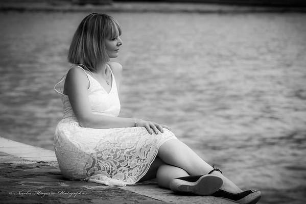 Caroline H, En Passant Par L' Ile Saint Louis-2014