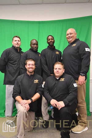 2019-08-22 FB Coaches Group Photo