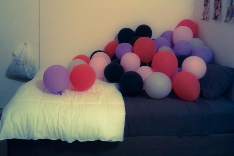 balloons on bed.jpg