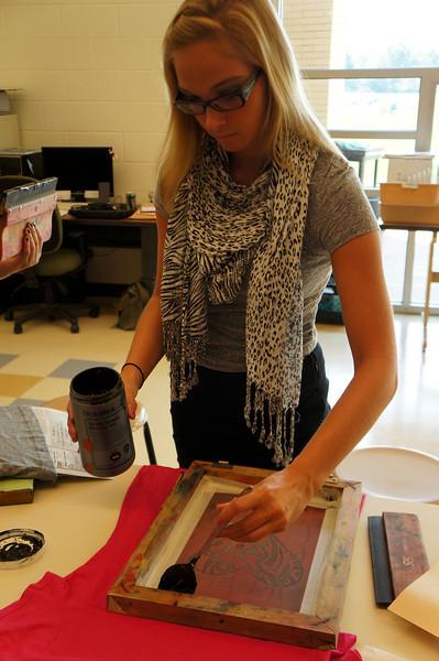 Lutheran-West-Art-Class-Silk-Screen-T-Shirts--September-2012--68.JPG