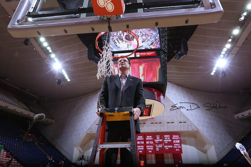 Coach_Crean_05_0306_ed.jpg