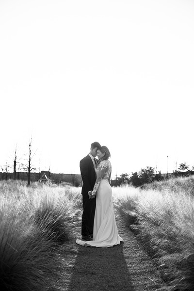 Kate&Josh_B&W_ZACH.WATHEN.PHOTOGRAPHER-457.jpg