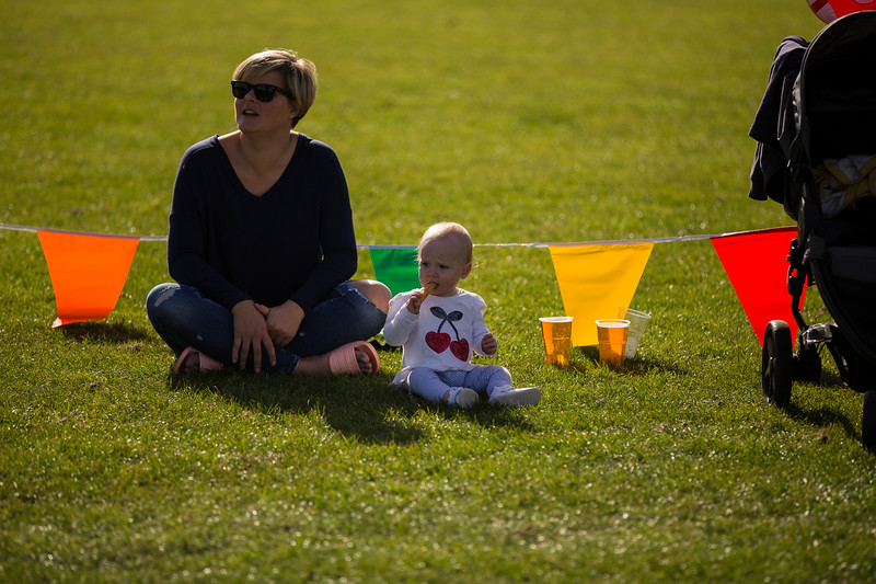 bensavellphotography_lloyds_clinical_homecare_family_fun_day_event_photography (320 of 405).jpg