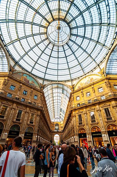 2012.10.21_Milano_DSC_9141-Juno Kim.jpg