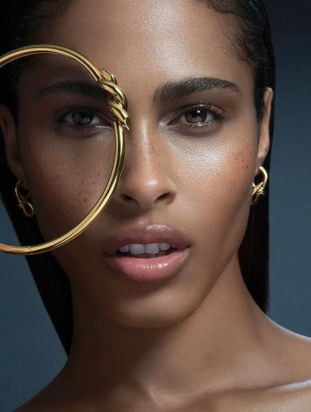 MakeUp-Artist-Aeriel-D_Andrea-Beauty-Creative-Space-Artists-Management-22-Jewelry.jpg