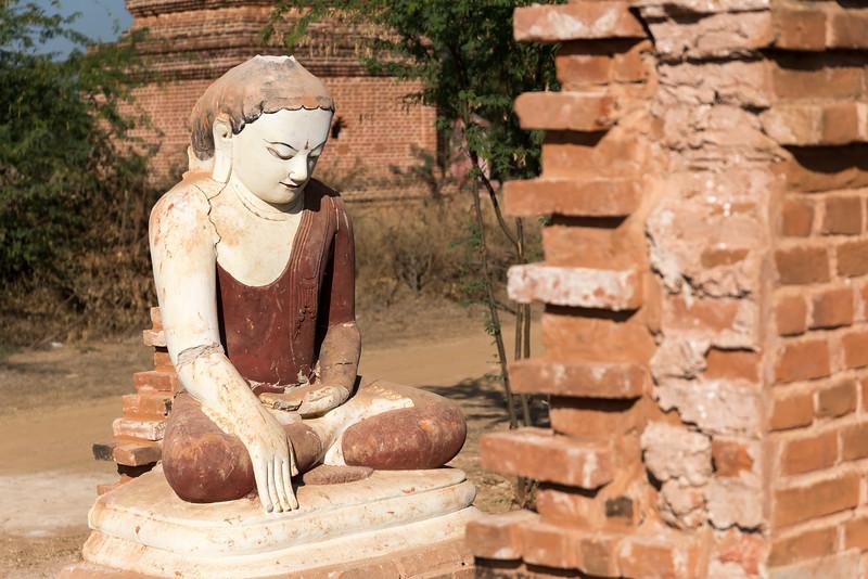 Sitting Buddha Statue, Bagan