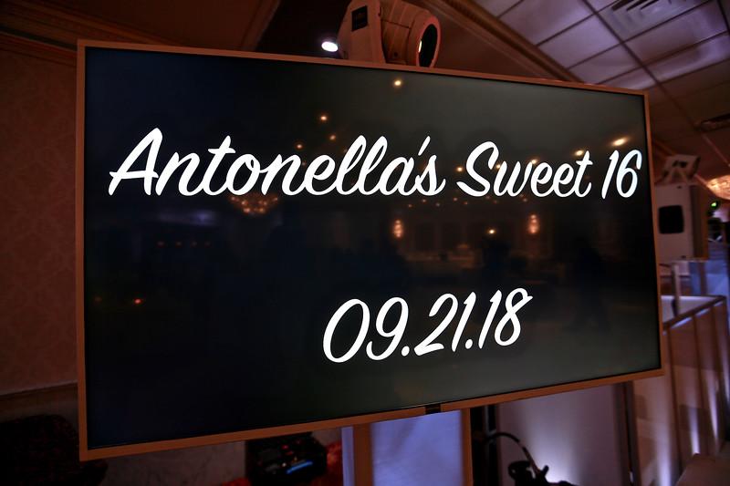 20180921_EMCphotography_AntonellaSweet16-5.jpg