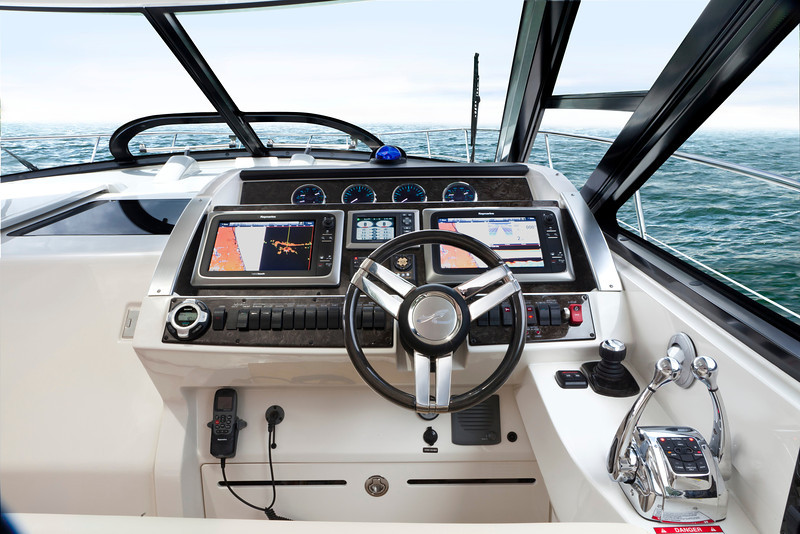 Sea Ray 450 Sundancer (2014)