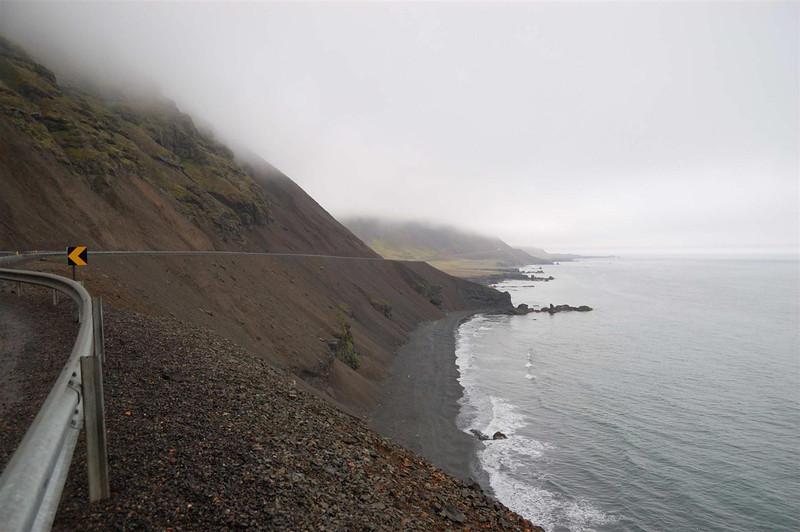Iceland 6-22-3 045.jpg
