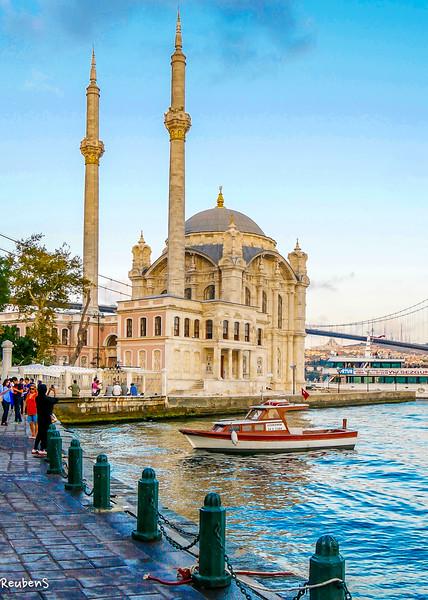 Kadikoy mosque.jpg