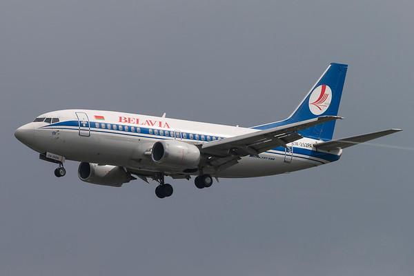 EW-252PA - Boeing 737-524