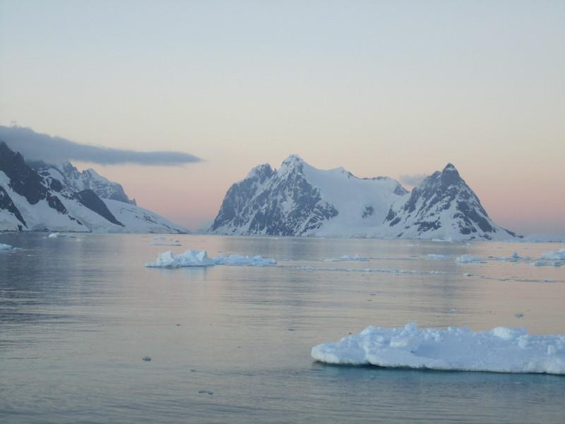 Antarctica 2012 078.jpg