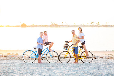 Mission Bay Family Photos with beach cruisers and boats - Gerber 2018