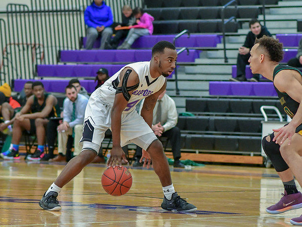20190202 Boys Basketball Cecil College at Montgomery College