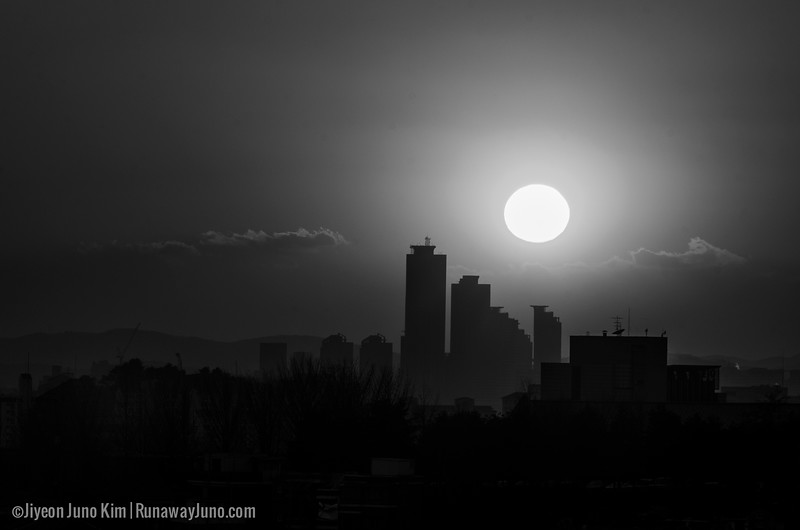 Korea-Seoul-Sunset_BW-9054.jpg