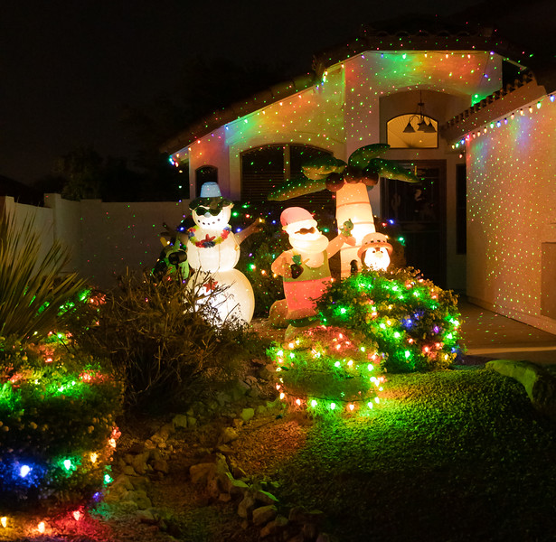 Phoenix Adobe Highlands Neighborhood Lights December 24, 2018  28.jpg