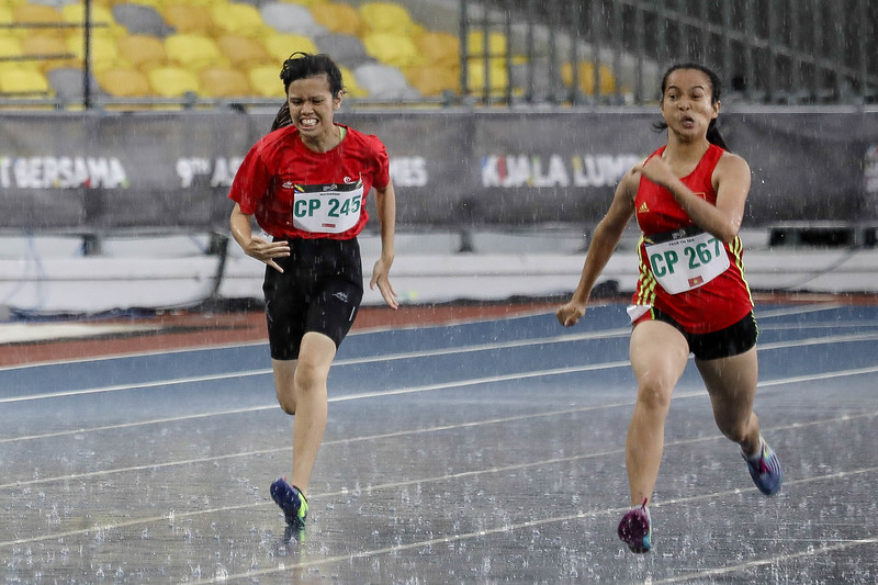 PARA ATHLETICS - MAISARAH BINTE MOHAMED HASSAN in action & representing Singapore in Women's 200m - T36 Finals at Bukit Jalil National Stadium, KL on September 20th, 2017 (Photo by Sanketa Anand)