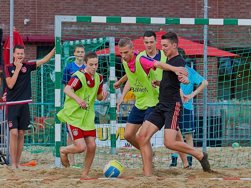 20160610 BHT 2016 Bedrijventeams & Beachvoetbal img 196.jpg