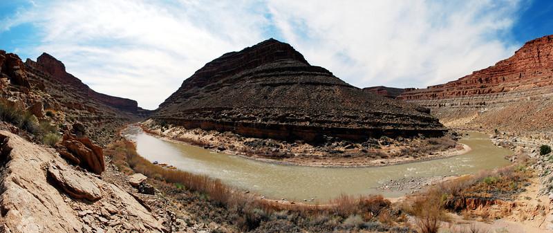 River Bend Panoramic.jpg