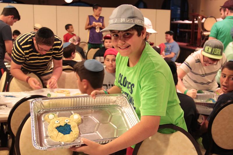 kars4kids_thezone_camp_2015_boys_boy's_division_night_activity_activities_IMD_cookie_baking_ (8).JPG