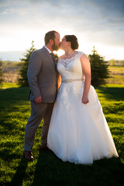 043 wedding photographer couple love sioux falls sd photography.jpg