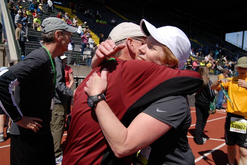Joe's Team_EugeneMarathon2011_190.jpg