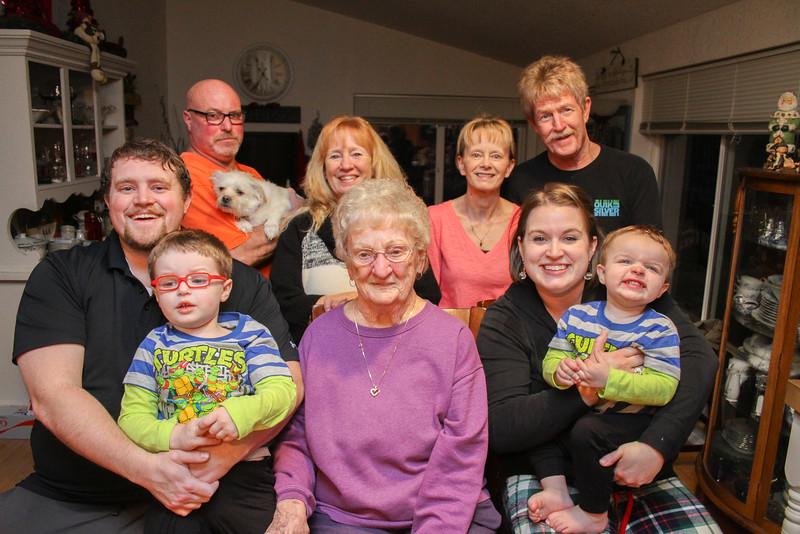 family-9633.jpg