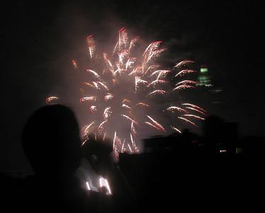 Fireworks, July 4, 2008, Brooklyn Heights