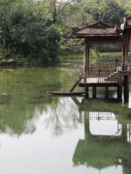 Tu Duc Palace, Hue (1).jpg
