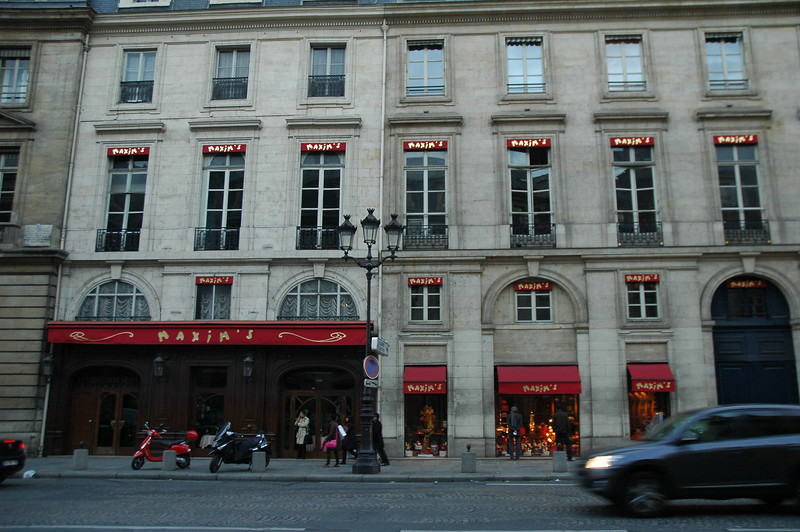 Paris10_0210.JPG