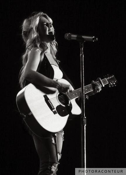 Julianne Hough in Las Vegas, September 2009  (Photo by Benjamin Padgett)