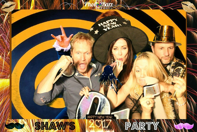 Shaws NYDay Party (20).jpg