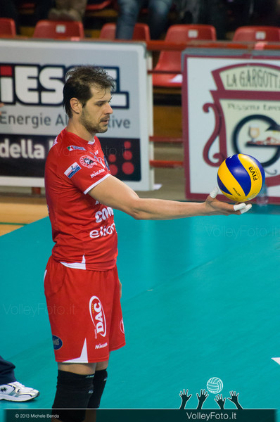 ZLATANOV Hristo (Piacenza) con la palla