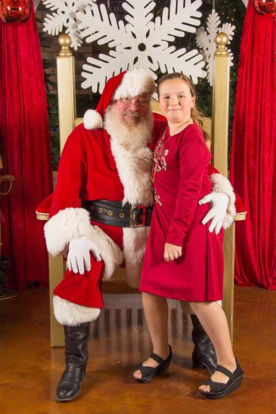 Santa 12-16-17-207.jpg