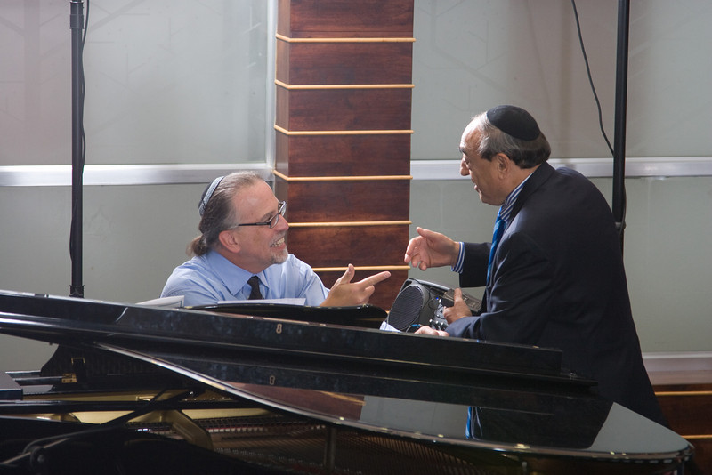 Bob Litman, piano, with Hazzan Abraham Lubin -- Siyum HaTorah -- Beth El's Project 613: Writing a Torah