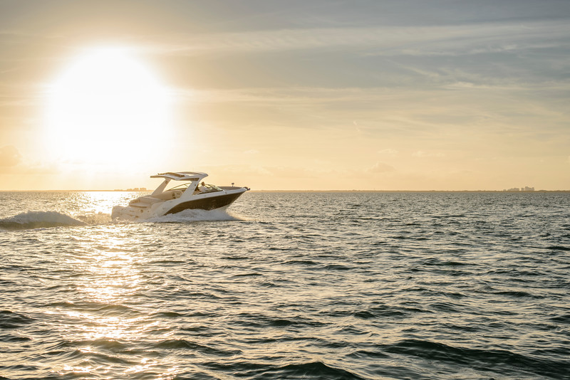 2020-SLX-R-310-outboard-running-2.jpg