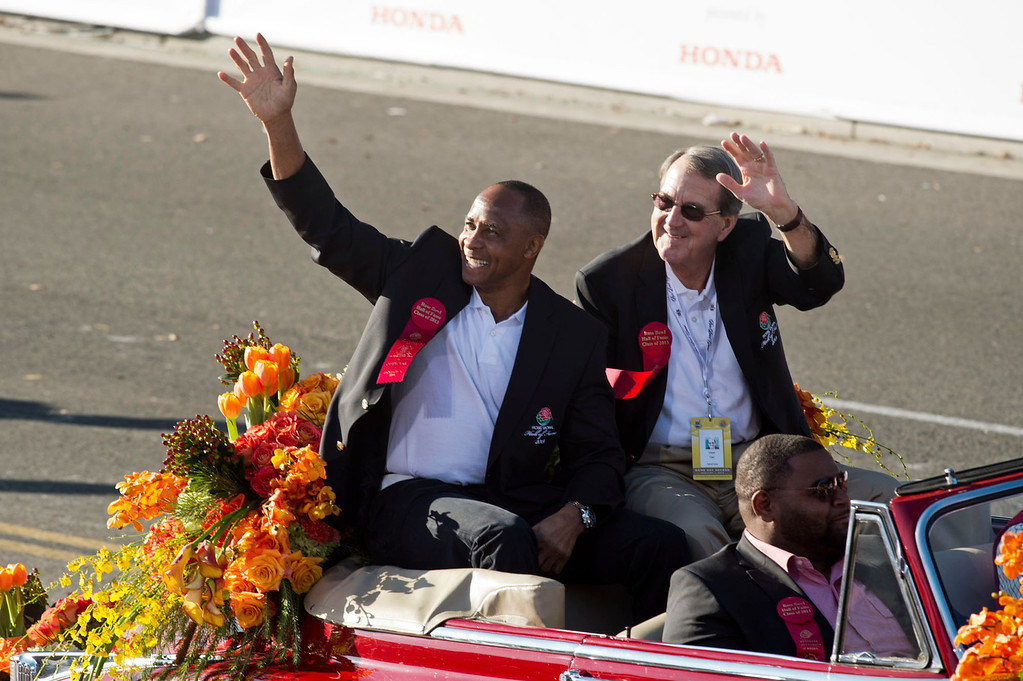 . Rose Bowl Game Hall of Fame Inductees during 2014 Rose Parade in Pasadena, Calif. on January 1, 2014. (Staff photo by Leo Jarzomb/ Pasadena Star-News)