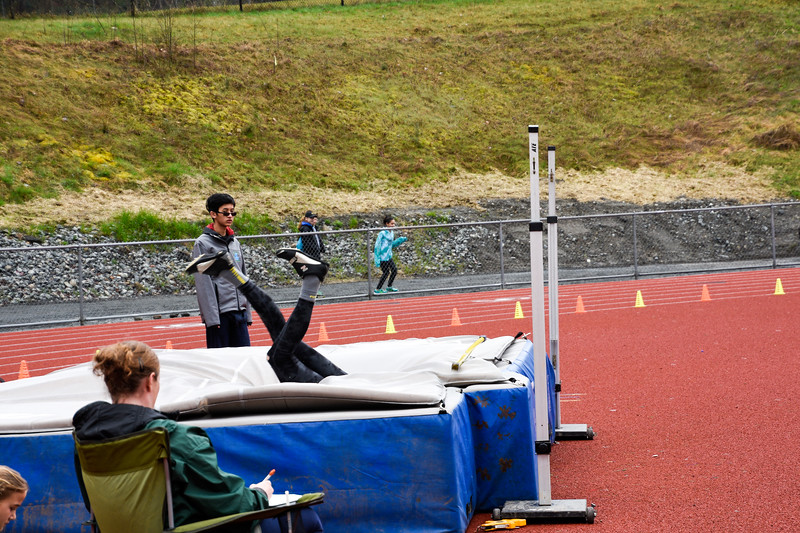 011 - 2017 04 01 - Liberty High Jump.jpg