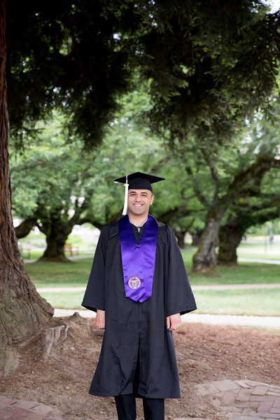 Jacob-UWGrad2019-008.jpg