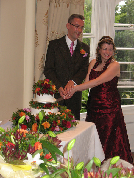 106 Gill and Kevin cake.jpg