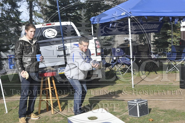 November 19 - College Football Weekend Tailgate Party