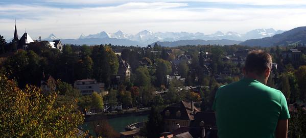 Sunny Suisse: Exploring Berne